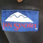 JANSPORT(ジャンスポーツ)のタグで見る年代の見分け方