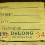 DeLONG(デロング)のタグを見て年代を見分ける方法
